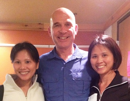 Dr. Tinh Vuong and Dr. Linh Vuong with the founder of Neural Prolotherapy, Dr. John Lyftogt